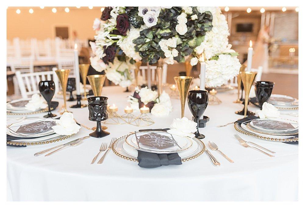 Elegant Black and White Winter Rooftop Wedding_0750.jpg