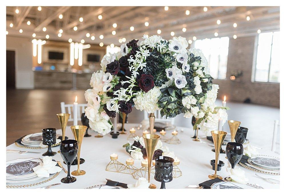 Elegant Black and White Winter Rooftop Wedding_0755.jpg