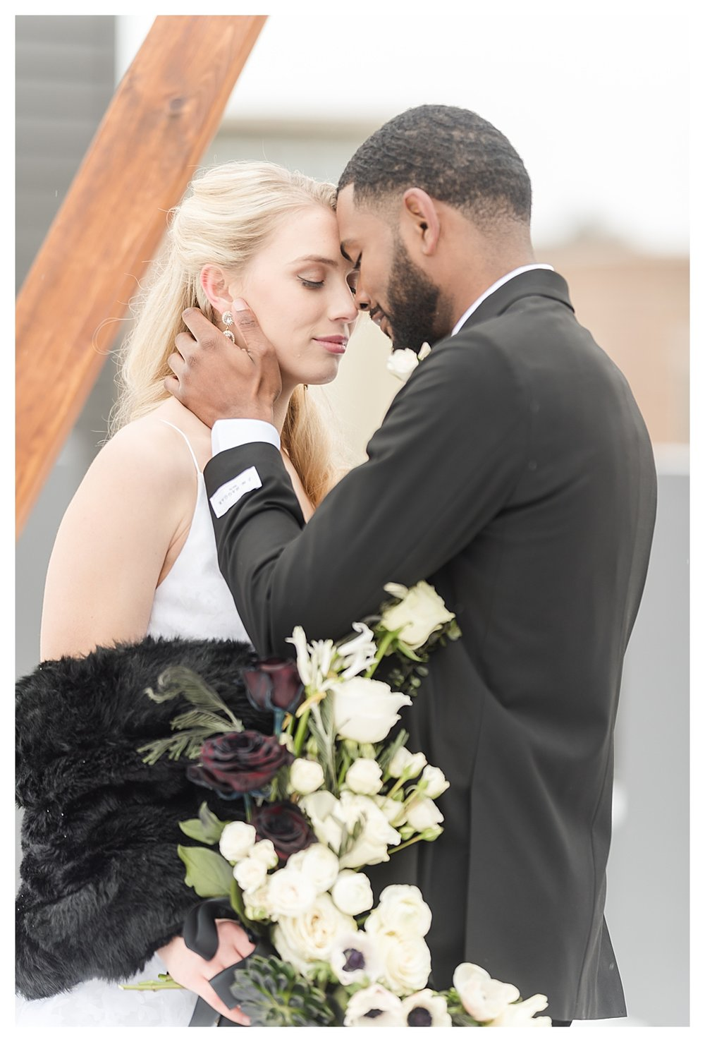 Elegant Black and White Winter Rooftop Wedding_0817.jpg