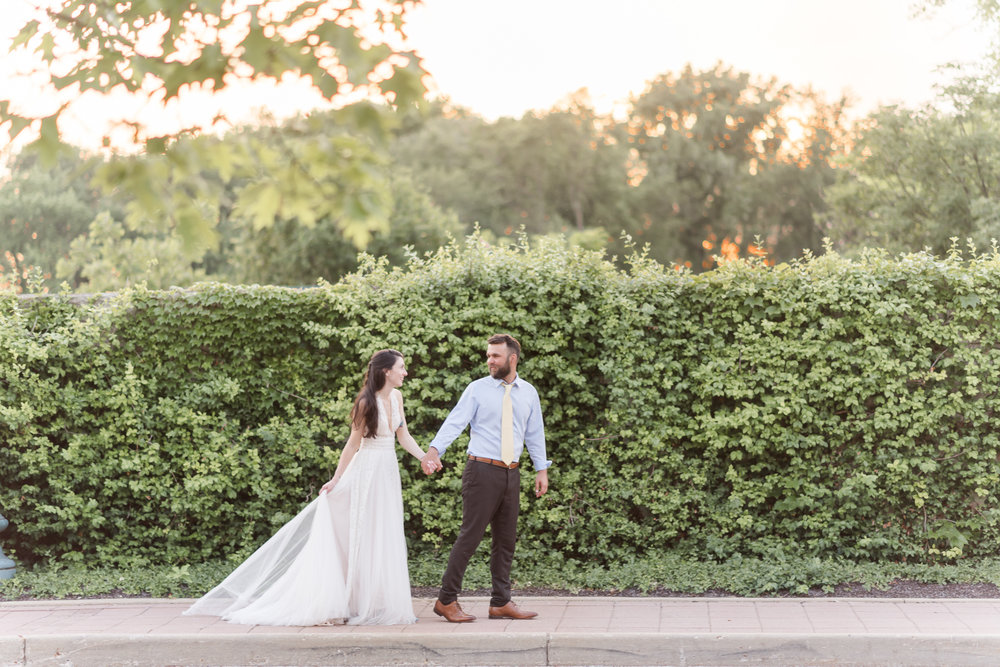 Why you need sunset photos on your wedding day-2.jpg