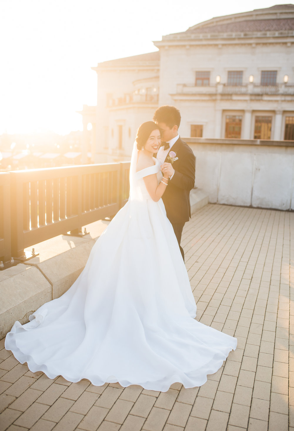 Why you need sunset photos on your wedding day-10.jpg
