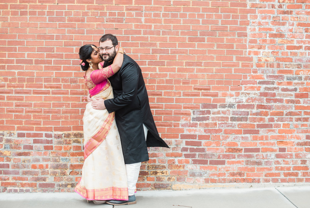 What to wear for your engagement session-5.jpg