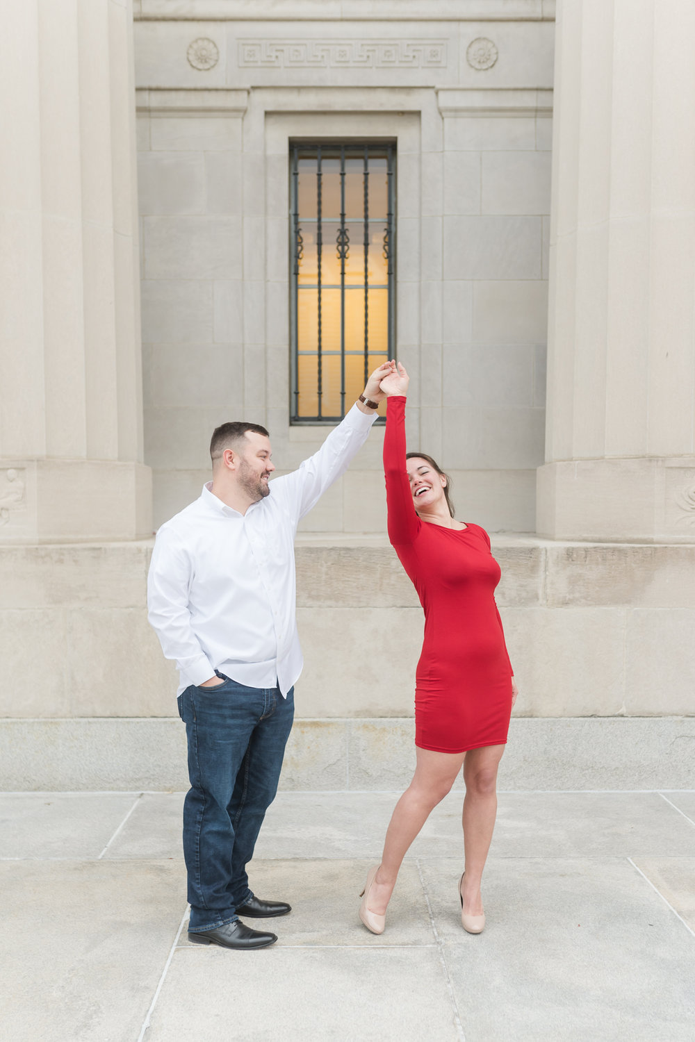 Downtown Indianapolis Engagement Session-11.jpg