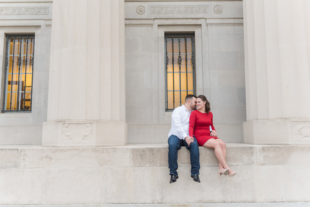 Downtown Indianapolis Engagement Session-18.jpg