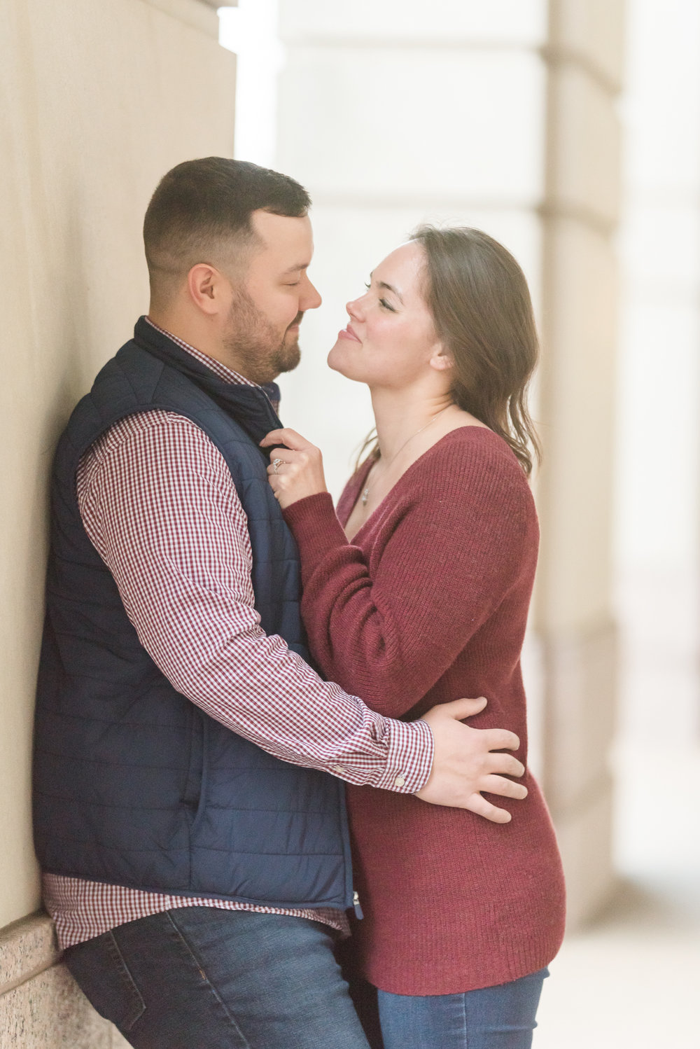 Downtown Indianapolis Engagement Session-33.jpg