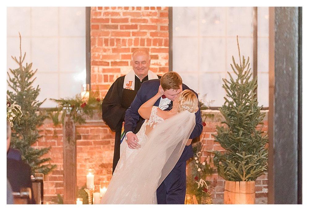 Winter Wedding at INDUSTRY the REAL wedding_1157.jpg