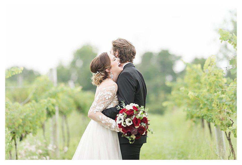 Daniel's Vineyard Wedding_0226.jpg