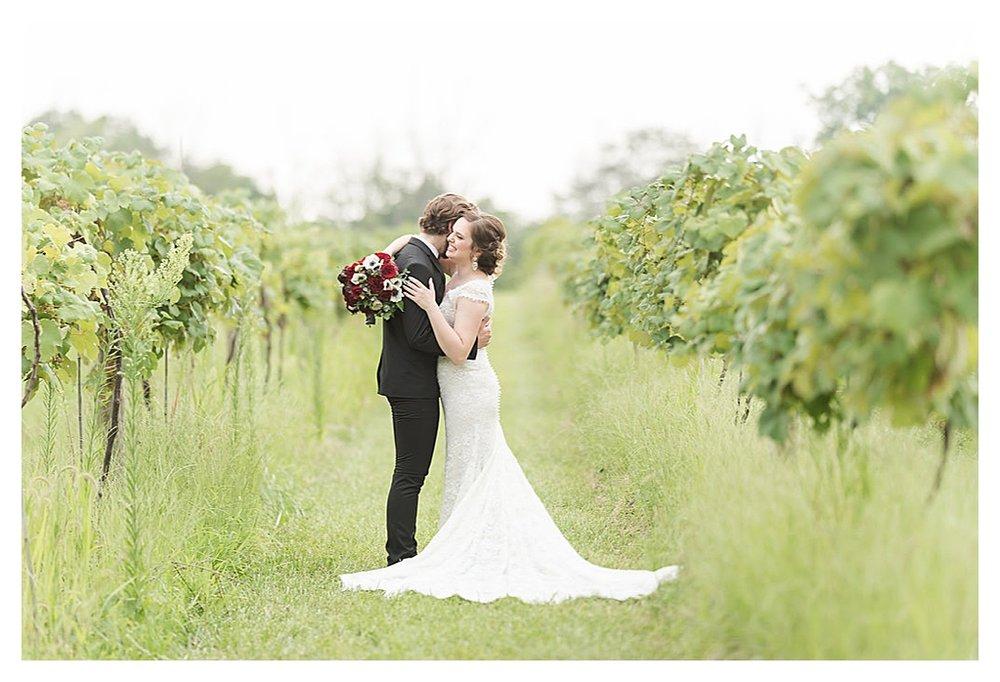 Vineyard Wedding Indianapolis, Indiana_0183.jpg