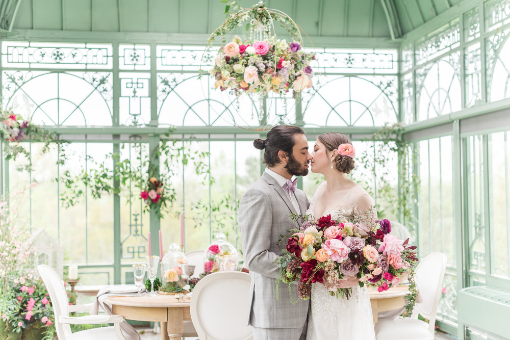 Luxury Greenhouse Wedding Atlanta Wedding Photographer 2400 on the River-28.jpg