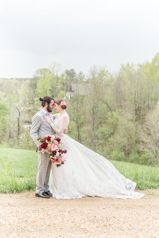 Luxury Greenhouse Wedding Atlanta Wedding Photographer 2400 on the River-43.jpg