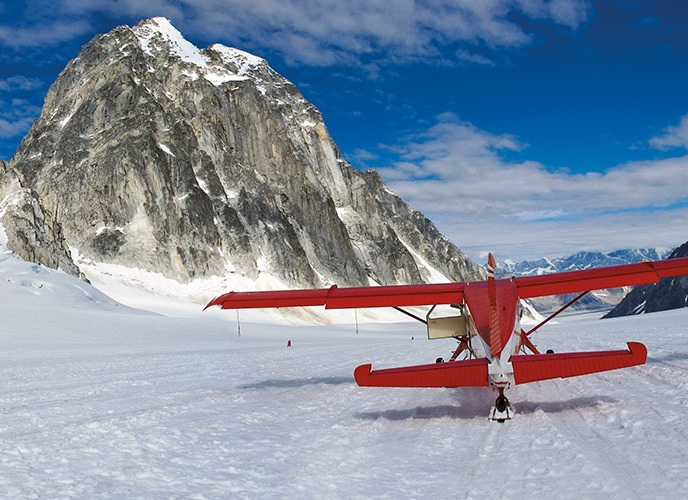 FAMILY ALASKA: LUXURY FAMILY JOURNEYS - ABERCROMBIE AND KENT8 DAY JOURNEY TO VISIT ALASKA BY BOAT AND PLANE