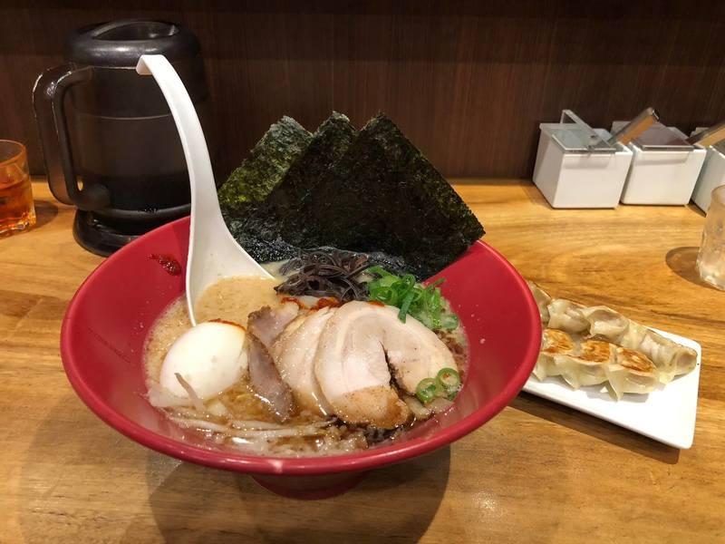 Ippudo ramen - Best ramen in Tokyo - travelhappier guide - restaurant reviews