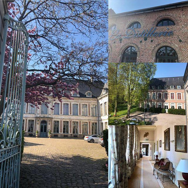 French escape #HappyEaster #chateau #sunshine #travelandculture