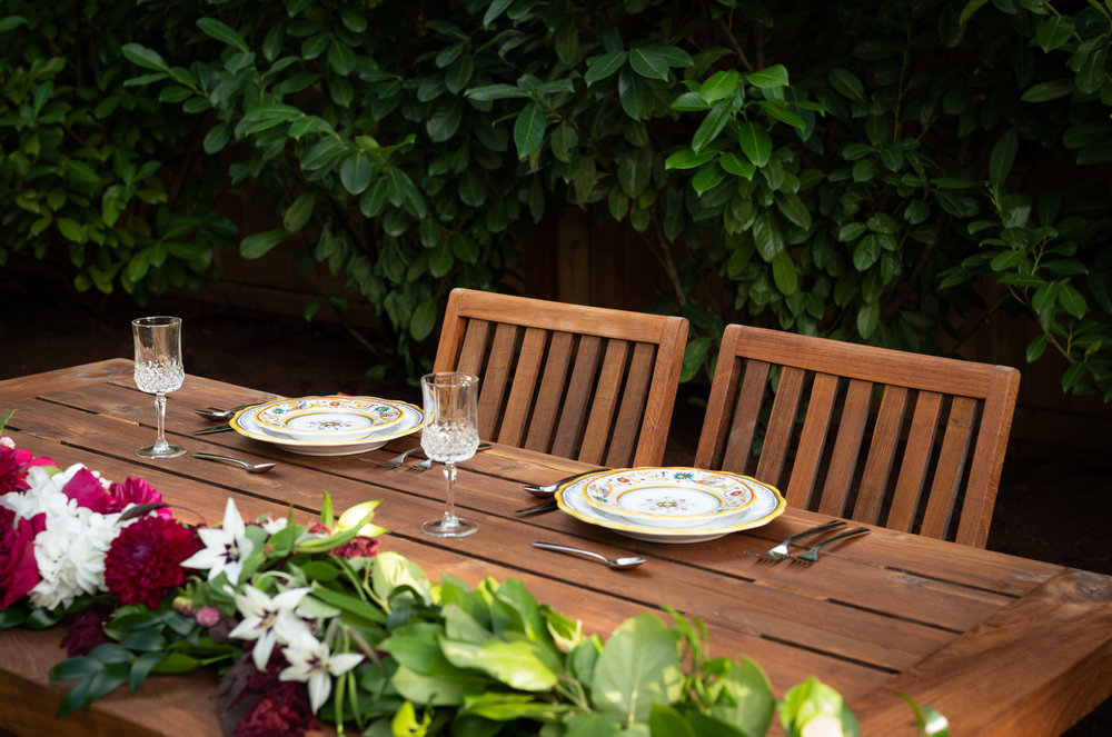 Outdoor dining set up