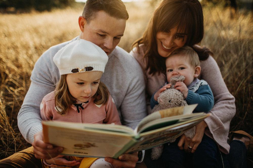 - #faithfulfamfridayCatalina Burton@raisingbilingualchildren