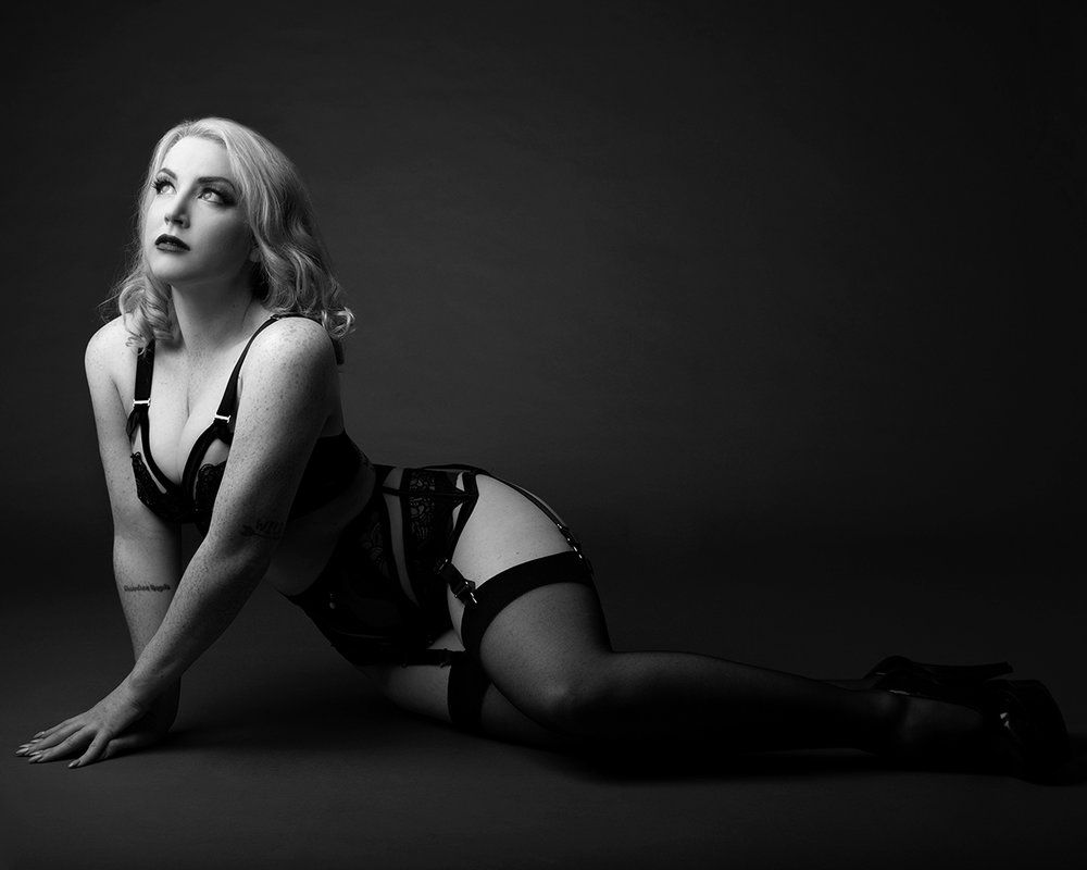 Modern Glamour Photography Session