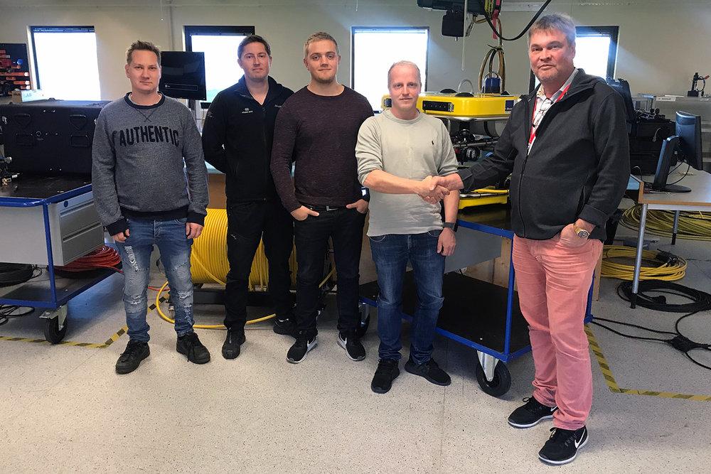 Folden Akva and their new V8 M500