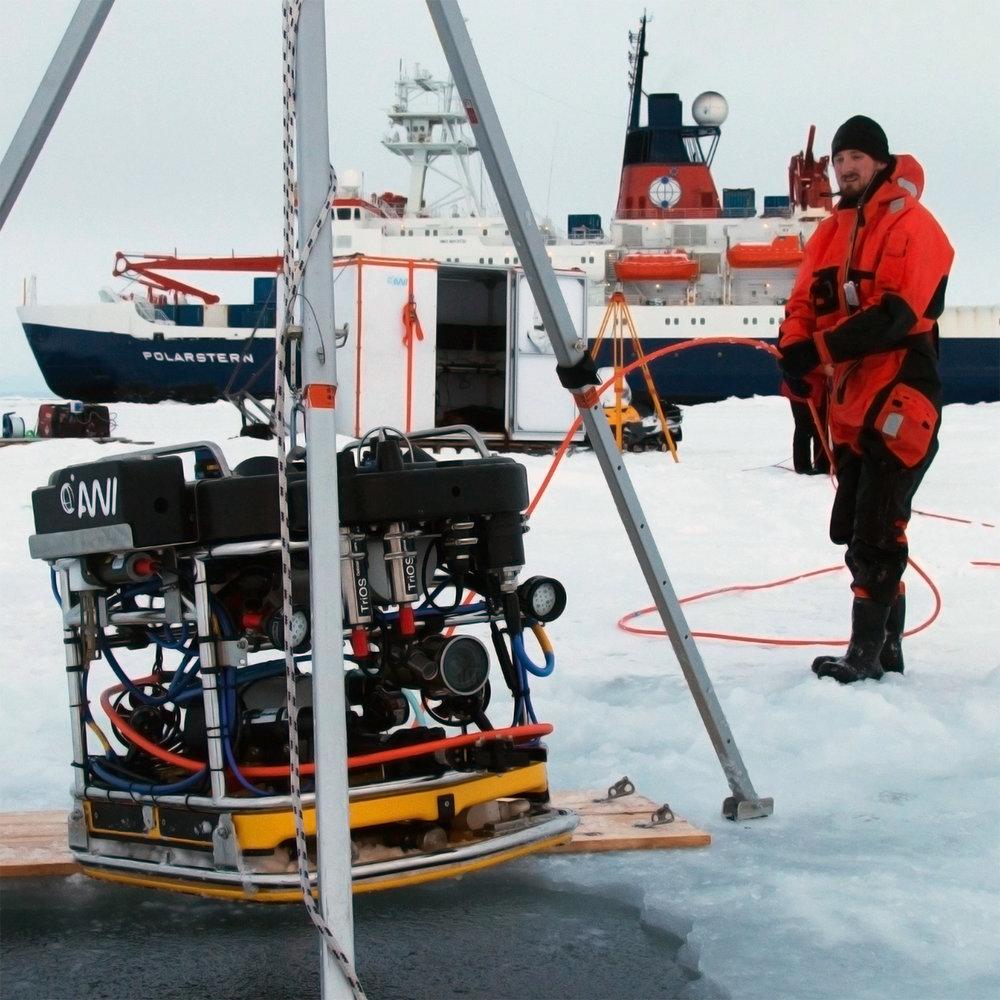 V8 M500 Intervention Sea Drones