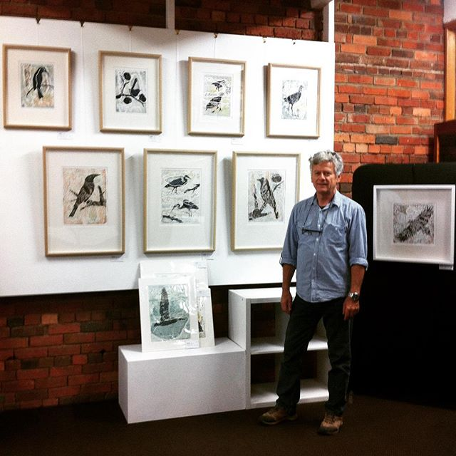 On the walls at 'Art on Piper' Kyneton. #art #artistrungallery #artonpiper #kyneton #printmaking #collagraphs #centralvictoria #gallery #landscapes #birds #piperstreet