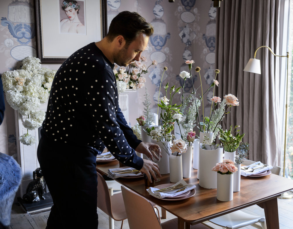 Inspiring flowers for creative spaces - Enjoy arranging for your home and workspace