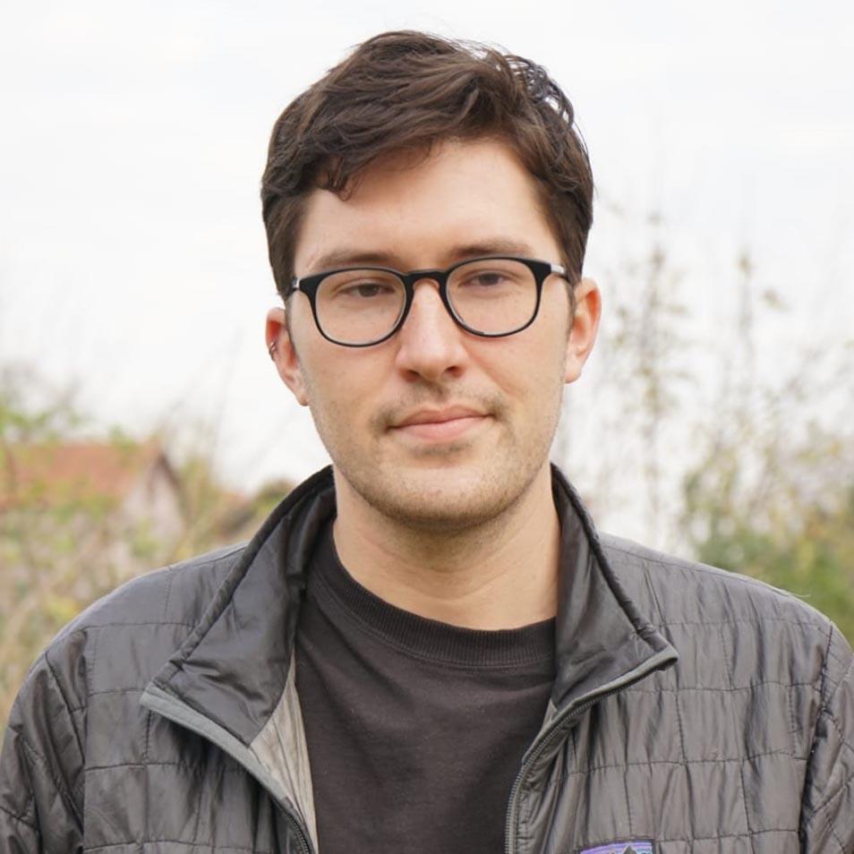 Clark - Director