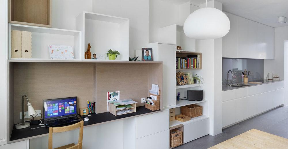 10_Woning_Leenheer_Lissens_Interieur_Keuken+bureau.jpg