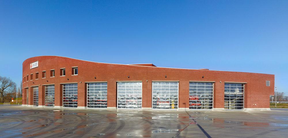 Buitenbeeld van de brandweerkazerne te Duffel.