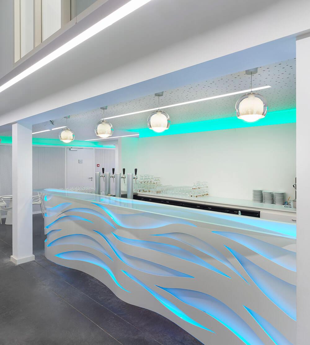 De_City_podiumzaal_nieuwpoort_interieur_detail_bar.jpg