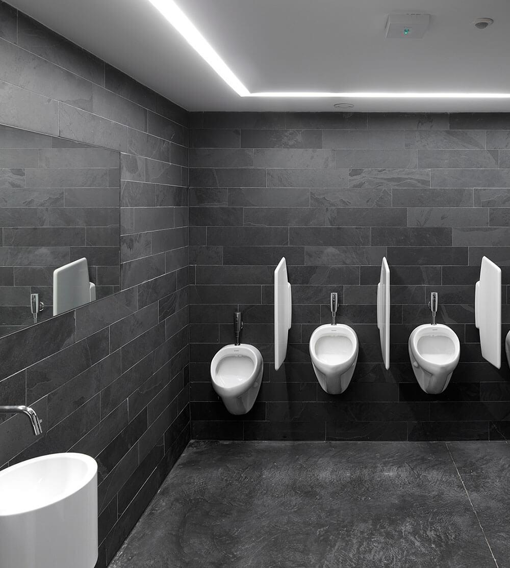 De_City_podiumzaal_nieuwpoort_interieur_Sanitair_toiletten.jpg