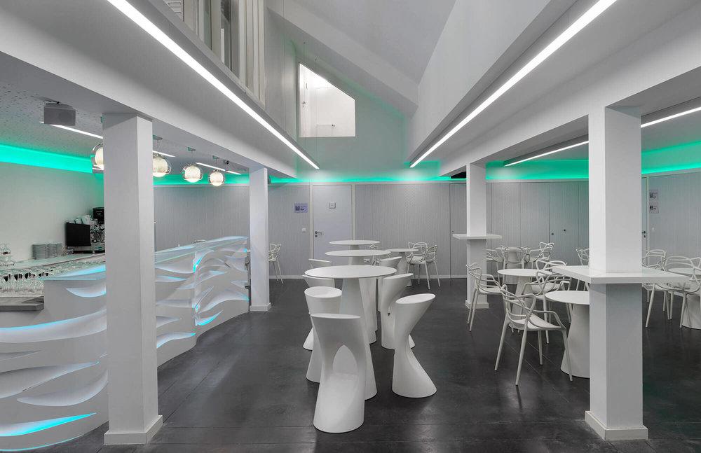 De_City_podiumzaal_nieuwpoort_interieur_bar_foyer2.jpg