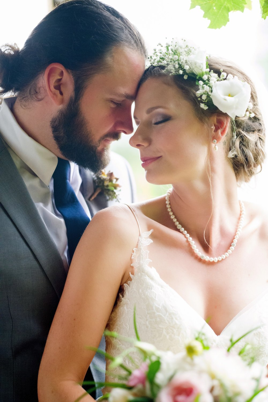 groom-bride-candid-mike-lupine.jpg