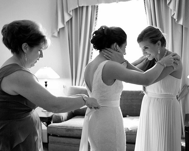 Love prep time -endless emotions @fairmontlaurier #weddingphotojournalism #ottawaweddingphotographer #canadianweddingphotographer #greenweddingshoes #junebugweddings #brideprep#ottawawedding #ottawaweddingplanner #realwedding#weddingparty#engaged#@ottawaweddingvendors#fearlessphotographers#huffpostido#bridesmaids