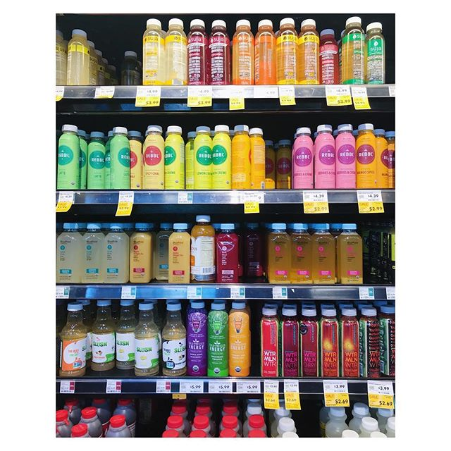 Let's talk about SPORTS DRINKS: . . . We usually drink sports drinks when we plan to exert ourselves or sweat (or need to rehydrate a hangover). What makes these drinks better than water for hydration? Actually- the sugar molecules. . . . When you have tapped your immediate energy reserves through exercise and/or dehydrated your cells through sweat (or drinking alcohol) you are looking for the most efficient route to replenish your cellular energy stores and hydration. An ISOTONIC sports drink (like Gatorade, Powerade, etc) works more efficiently than water for hydration because the osmolality (number of dissolved particles dissolved in a fluid) matches that of your cellular fluid. . . . If the osmolality is toooo low (HYPOTONIC- ie: straight water), it takes longer to absorb. This is why drinking water can make you want to puke after an intense, hot run (or a hot run of Saturday night drinking). . . . If the osmolality is toooo high (HYPERTONIC- ie: fruit juice sweetened with fruit concentrate) then you will also want to puke if you're dehydrated. . . . If you're performing intense physical activity and need to ensure comfortable hydration, then a 6-8% isotonic fluid is usually perfect under common conditions. And if you don't like the idea of flooding your GI tract with artificial flavors or preservatives, here's a recipe for a MAKE YOUR OWN ISOTONIC SPORTS DRINK: -1 cup unsweetened apple juice -3 cups filtered water -2 (scant) tablespoons honey -1/8 teaspoon sea salt (But always remember: only compete/race with the food/drink on which you trained.) GO GET 'EM, SPORT! #letstalkaboutfood #nutrition #fitness #wellness #workout #naturalfood #realfood #homecooking #run #bike #swim #yoga #hike #plantbased #vegan #vegetarian #carnivore #haes
