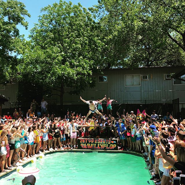 Went out with a bang! Thank you everyone for a great Belly Flop 2018. Shout out to Bumble, Bud Light, Rio, and BThere for helping us host a great one!!