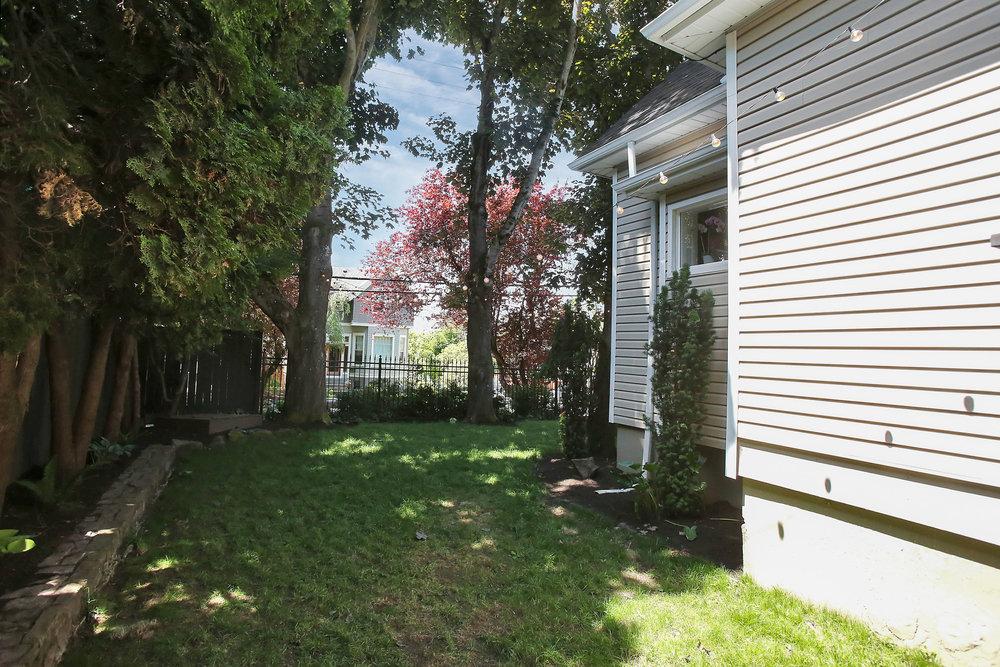 102 SE 30th Ave - Portland - 42.jpg