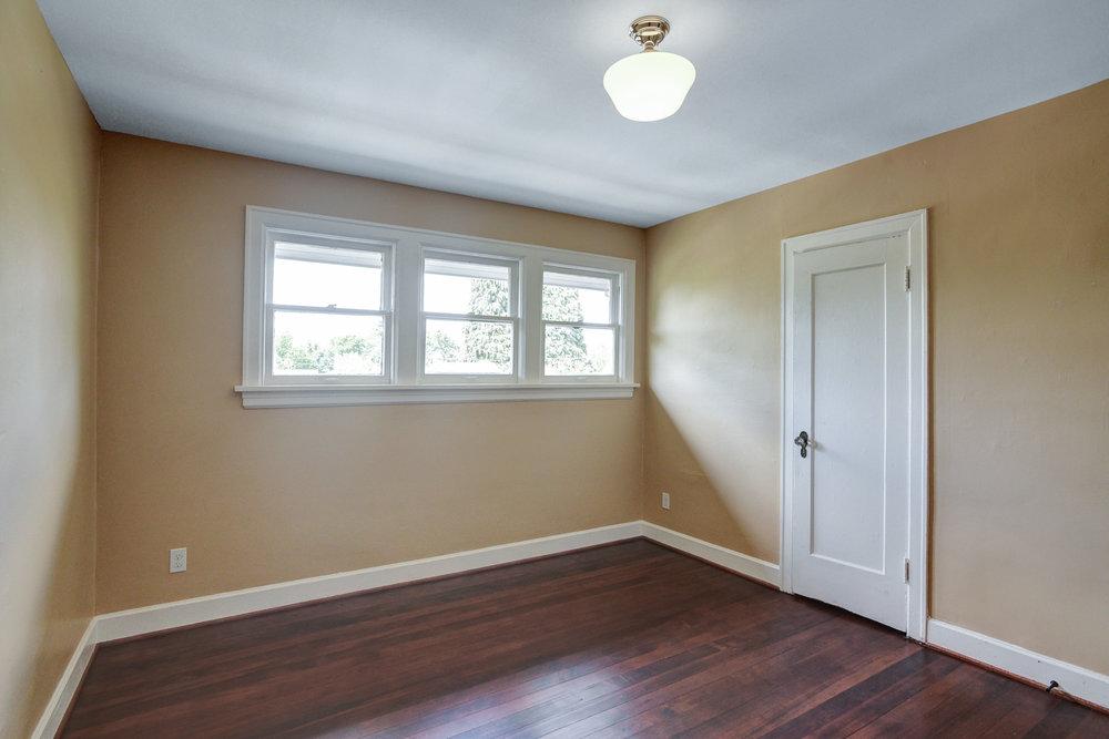 1732 NE Saratoga St - Portland- 32.jpg