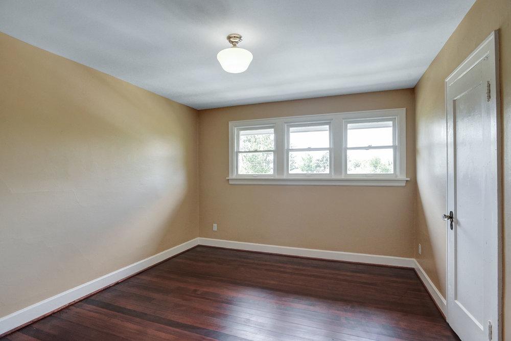 1732 NE Saratoga St - Portland- 31.jpg