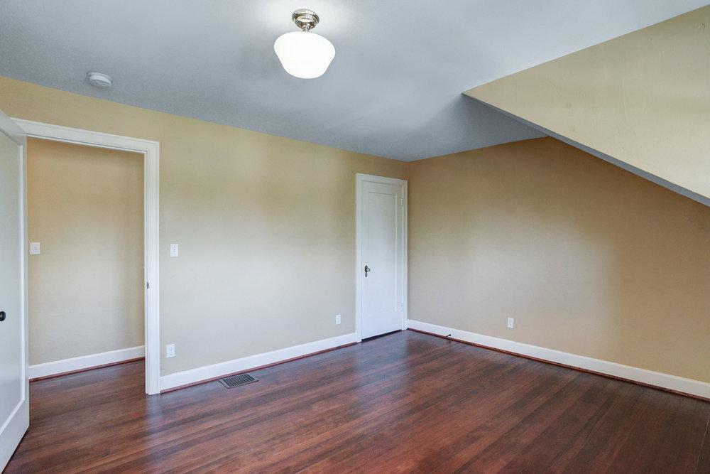 1732 NE Saratoga St - Portland- 38.jpg