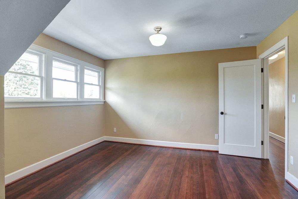 1732 NE Saratoga St - Portland- 39.jpg