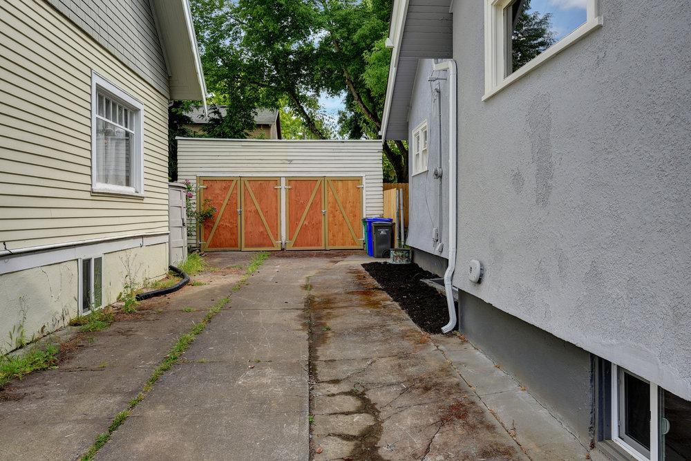 1732 NE Saratoga St - Portland- 55.jpg