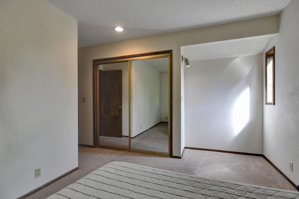 10390 SW View Terrace - Tigard- 30.jpg