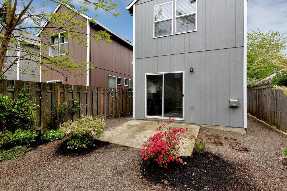 3833 NE Sumner St - Portland- 40.jpg