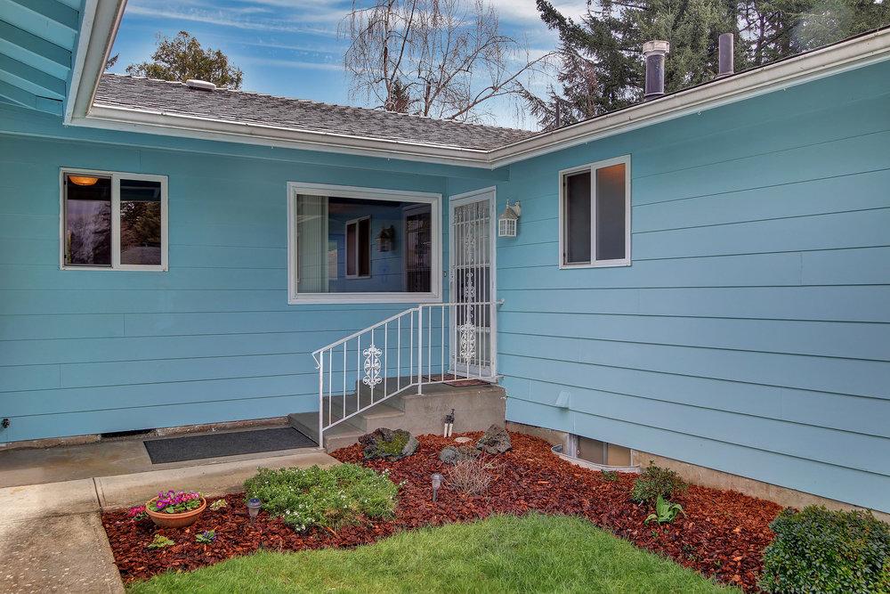 306 Northeast 169th Avenue - Portland- 04.jpg