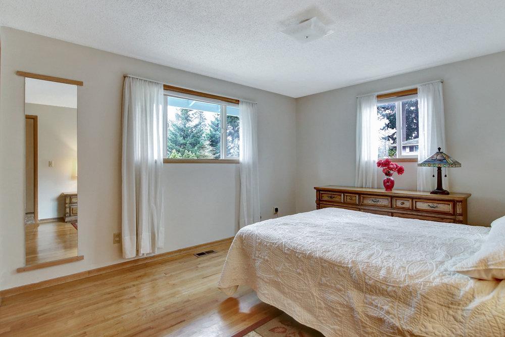 306 Northeast 169th Avenue - Portland- 21.jpg