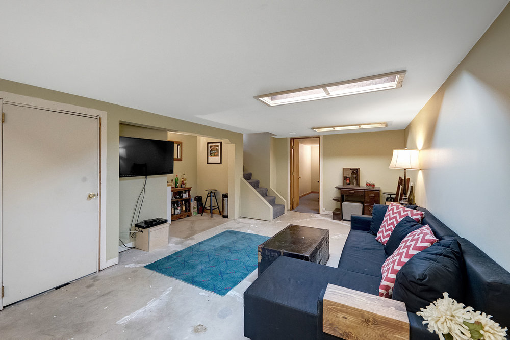 17614 SE River Rd - Milwaukie- 21.jpg