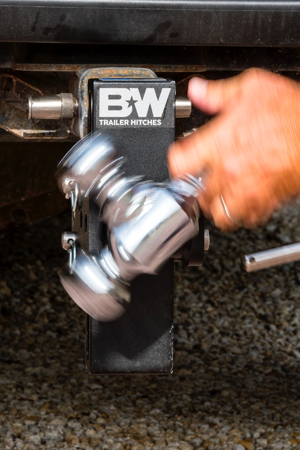 get your tow & stow now - bwtrailerhitches.com