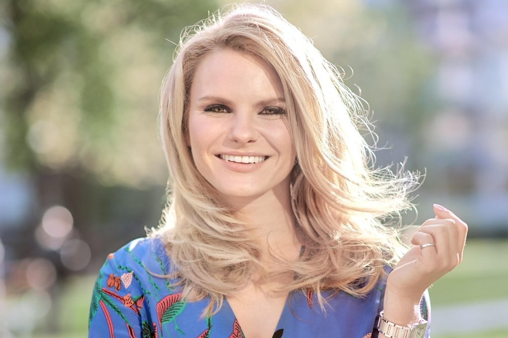 """Michele Romanow   Tech titan Michele Romanow is an engineer and a serial entrepreneur who started five companies before her 33rd birthday. A """"Dragon"""" on CBC's hit show Dragons' Den, Michele is the co-founder of Clearbanc, which gave entrepreneurs more than $100M in funding this year. She previously co-founded SnapSaves, which was acquired by American tech giant, Groupon. Michele was also the co-Founder of Buytopia.ca, which acquired ten competitors including Shop.ca and WagJag and was ranked #3 on the Profit Hot 50 list of fastest growing companies. She's ranked in WXN's """"100 Most Powerful in Canada"""" and listed as the only Canadian on Forbes magazine's """"Millennial on a Mission"""" list. Michele is a prolific angel investor and the winner of Angel Investor of the Year award.   Twitter  &  LinkedIn"""