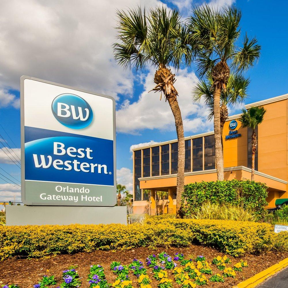 Best Western Orlando Exterior Daytime