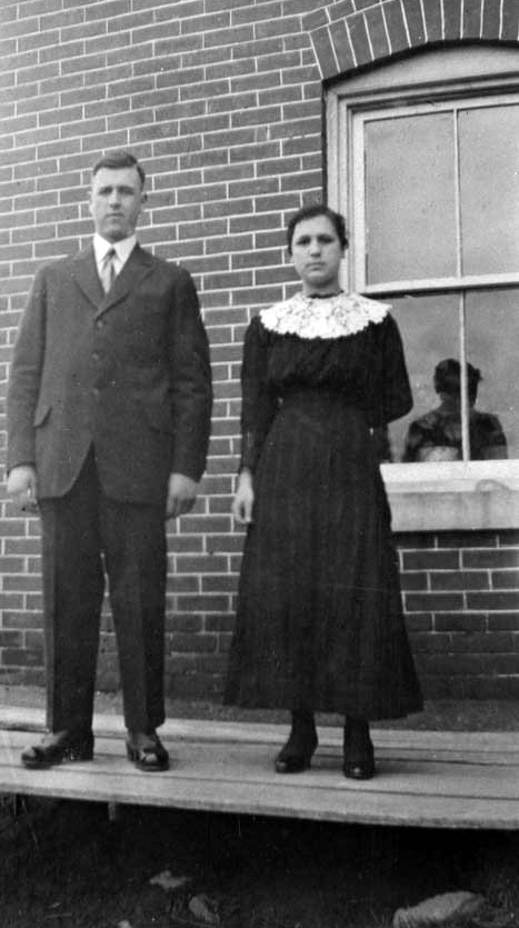 Emile Legault and his sister, 1910