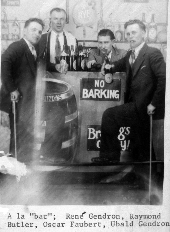 The Hammond Bar, 1930